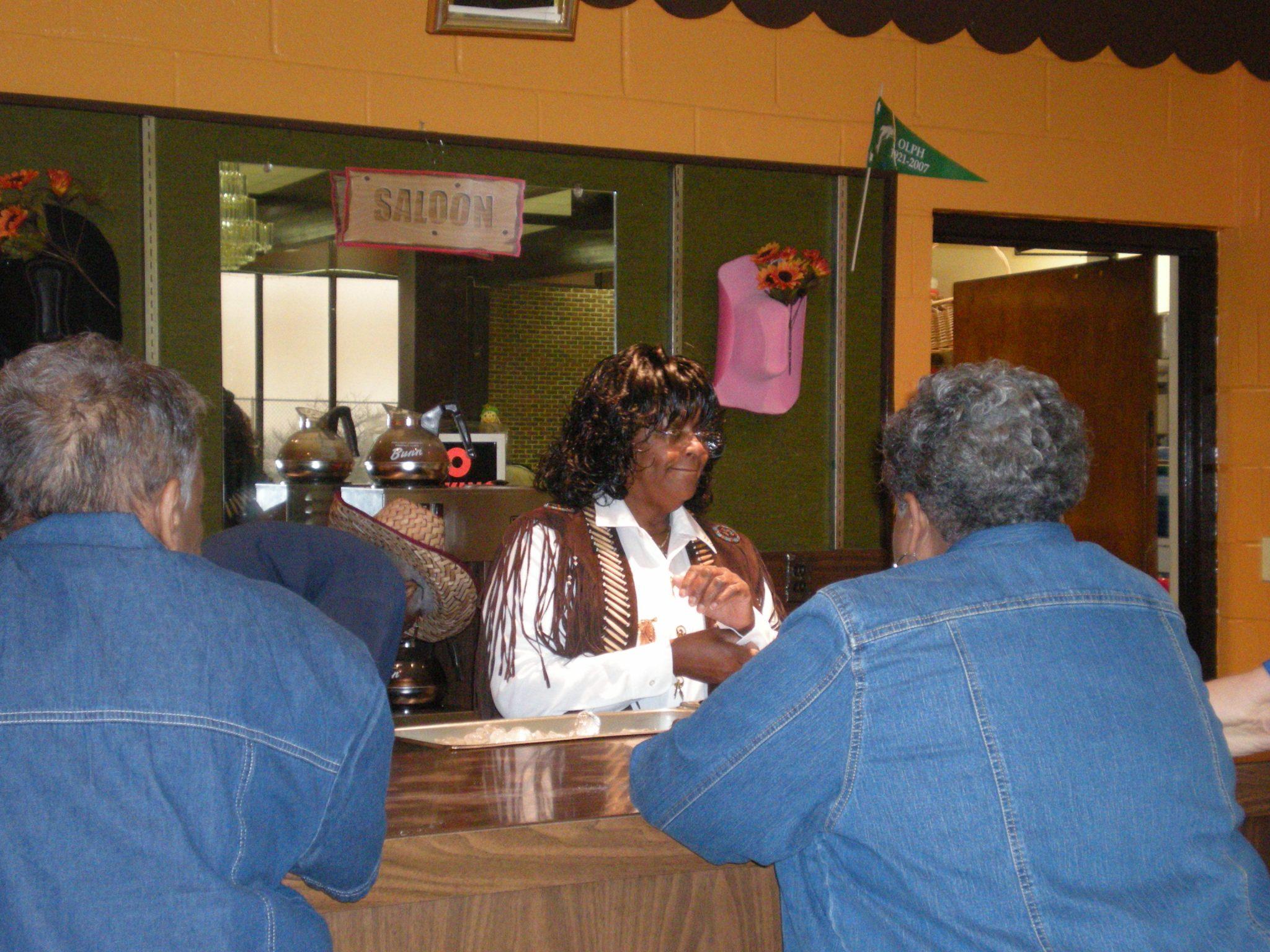 Agnes at bar